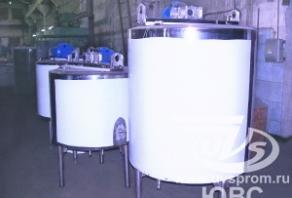 Резервуар с мешалкой и подогревом